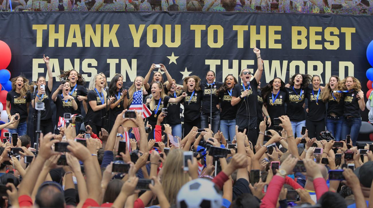 uswnt us women's national team soccer world cup victory floats