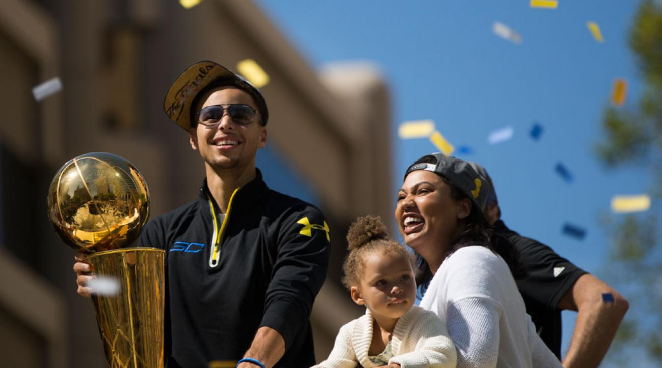 ayesha  stephen curry welcome second daughter
