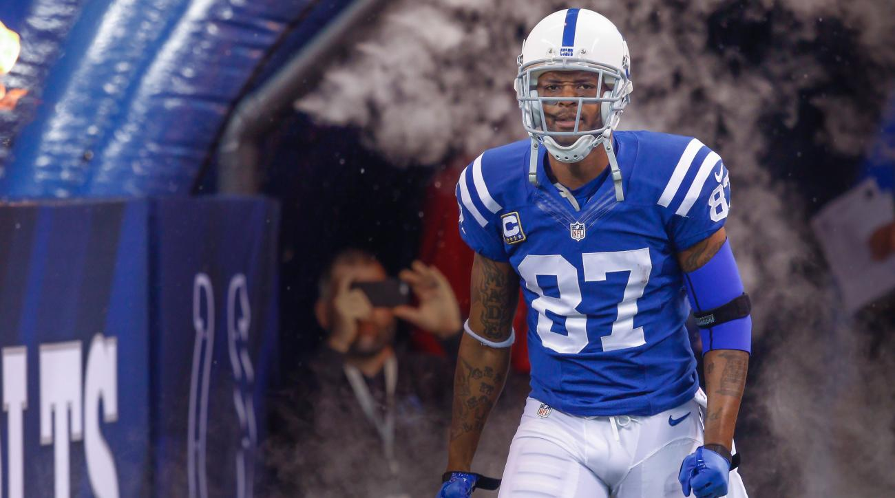 reggie wayne colts retirement free agent 2015