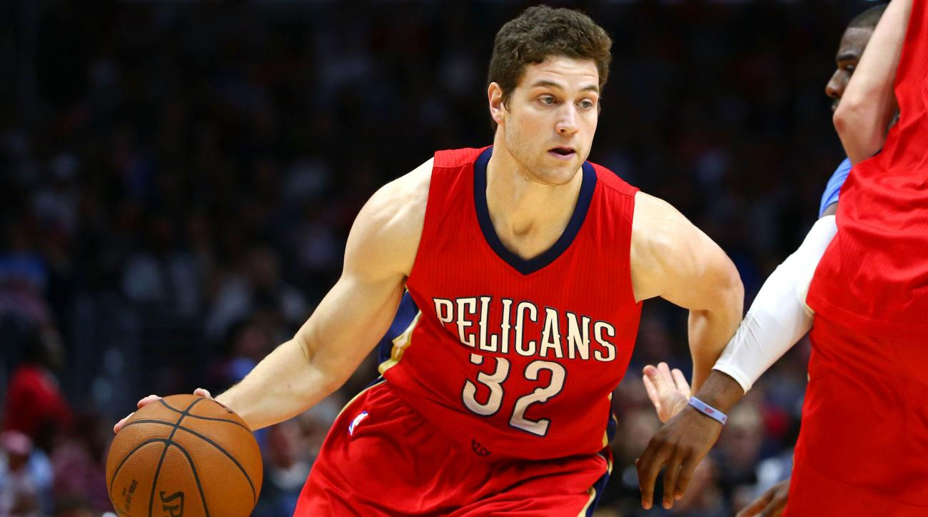 jimmer fredette san antonio spurs signs contract