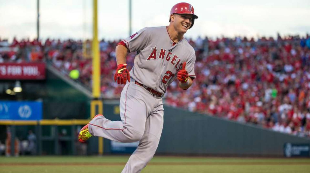 Mike Trout day-to-day with sore heel