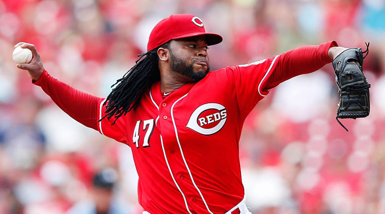 Johnny Cueto traded to Royals