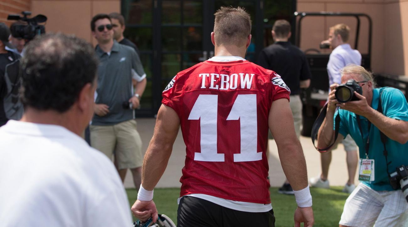tim tebow eagles quarterback jesus starter battle