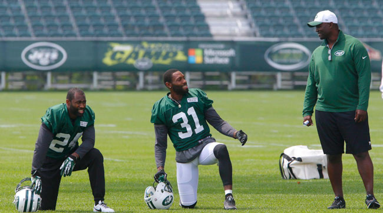 Darrelle Revis, Antonio Cromartie and Todd Bowles (Noah K. Murray/USA TODAY Sports)
