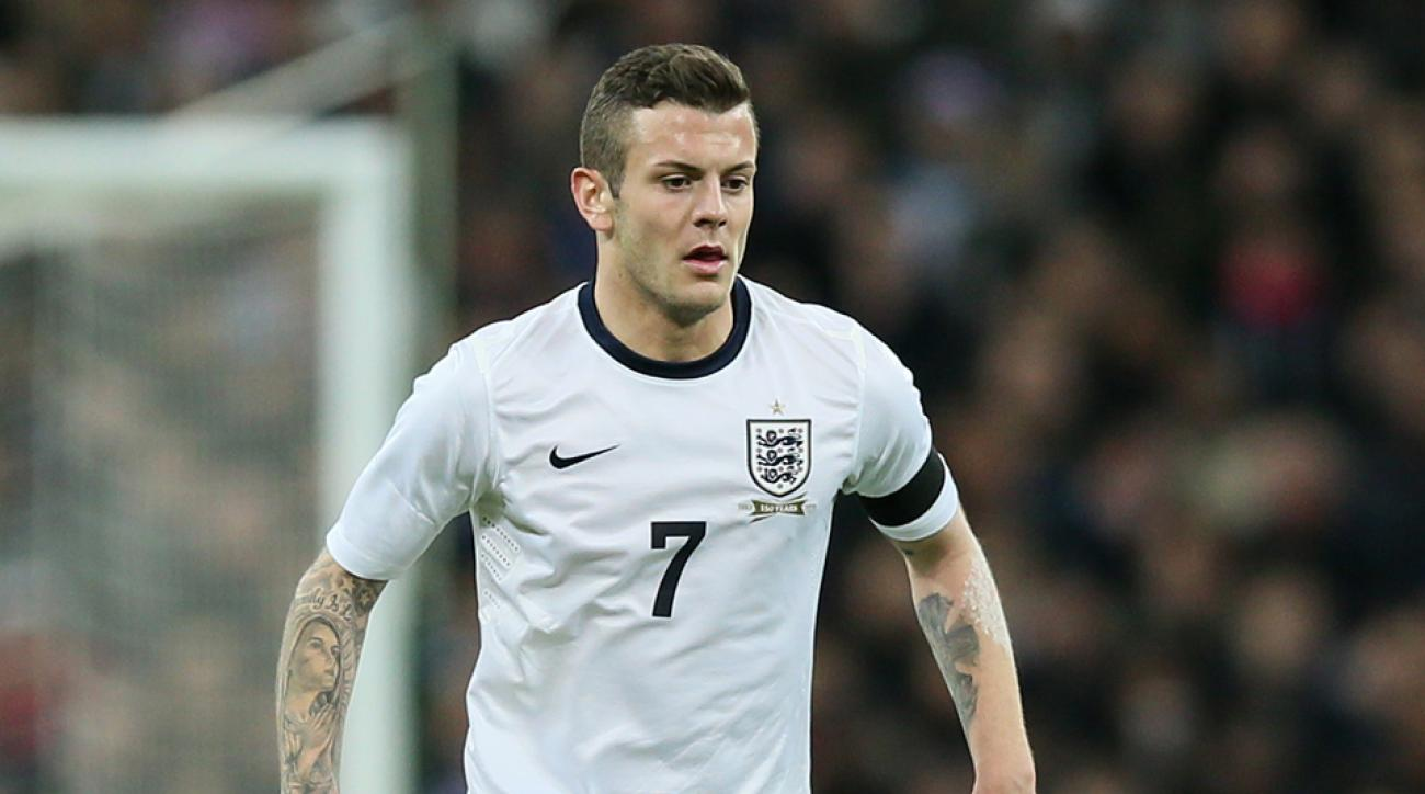 Jack Wilshere out with left leg fracture