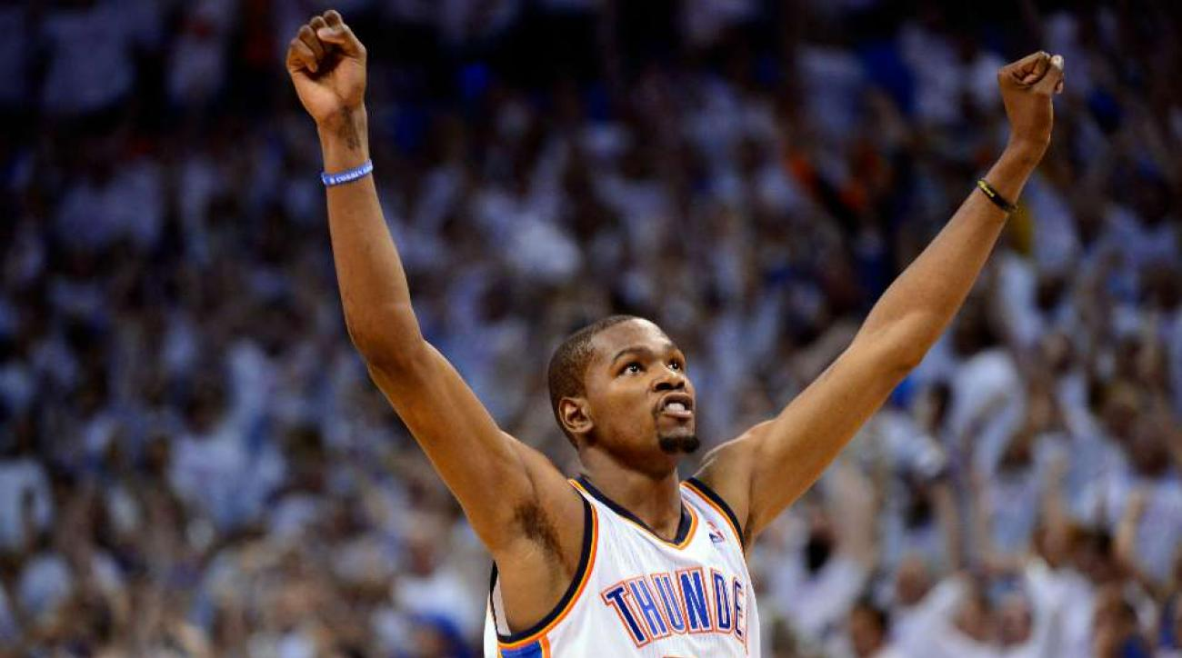 Kevin Durant swats campers