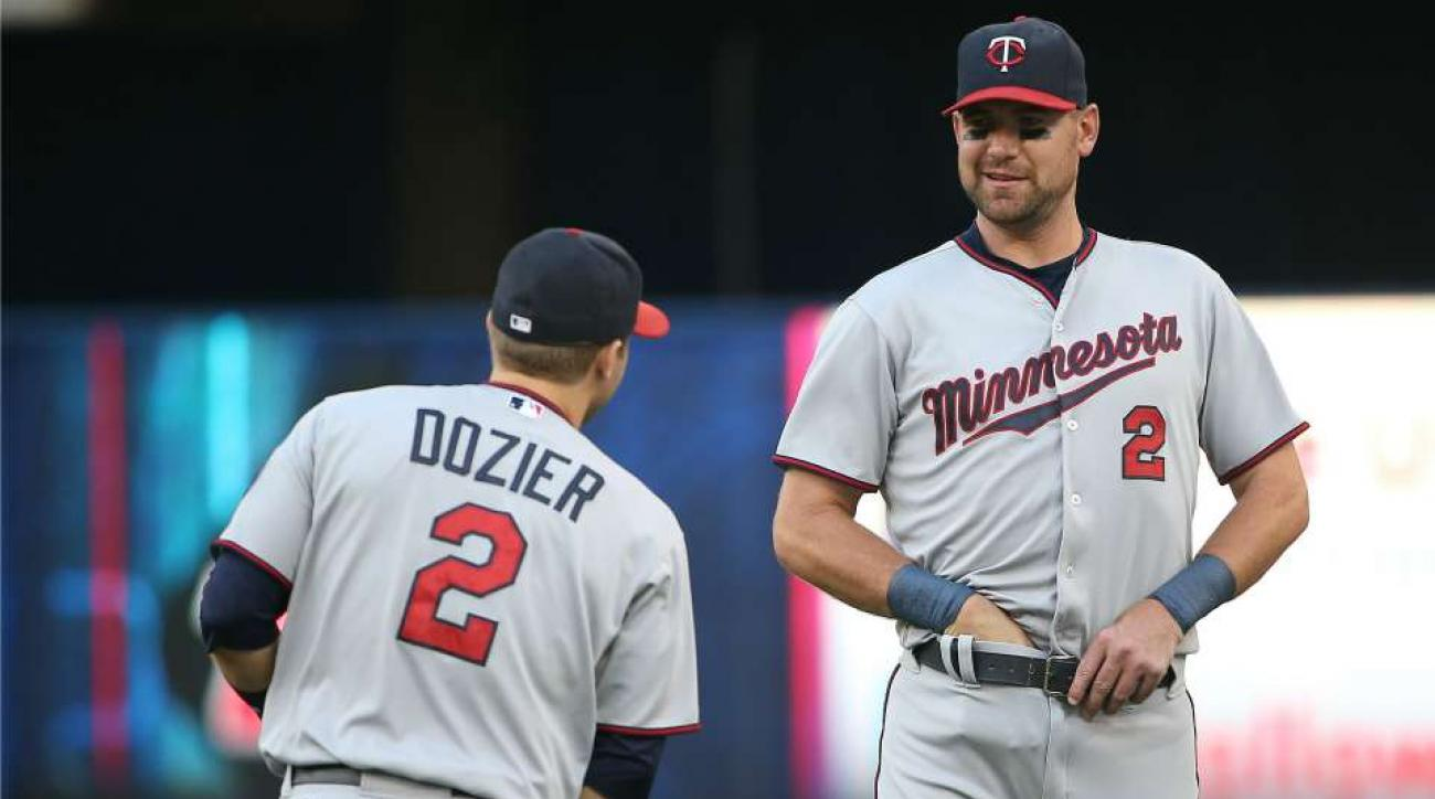 Minnesota Twins Brian Dozier mimicked by Mike Pelfrey