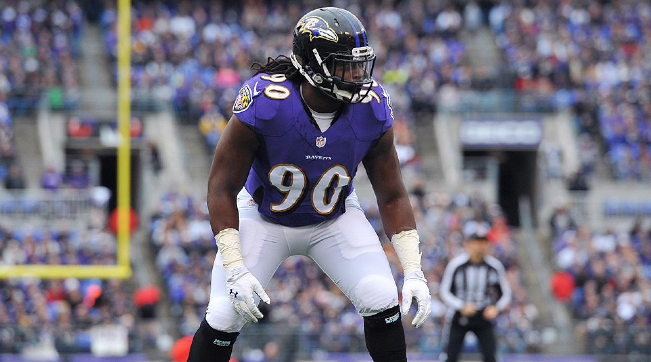 Pernell McPhee adjusting to new role at Chicago Bears training camp