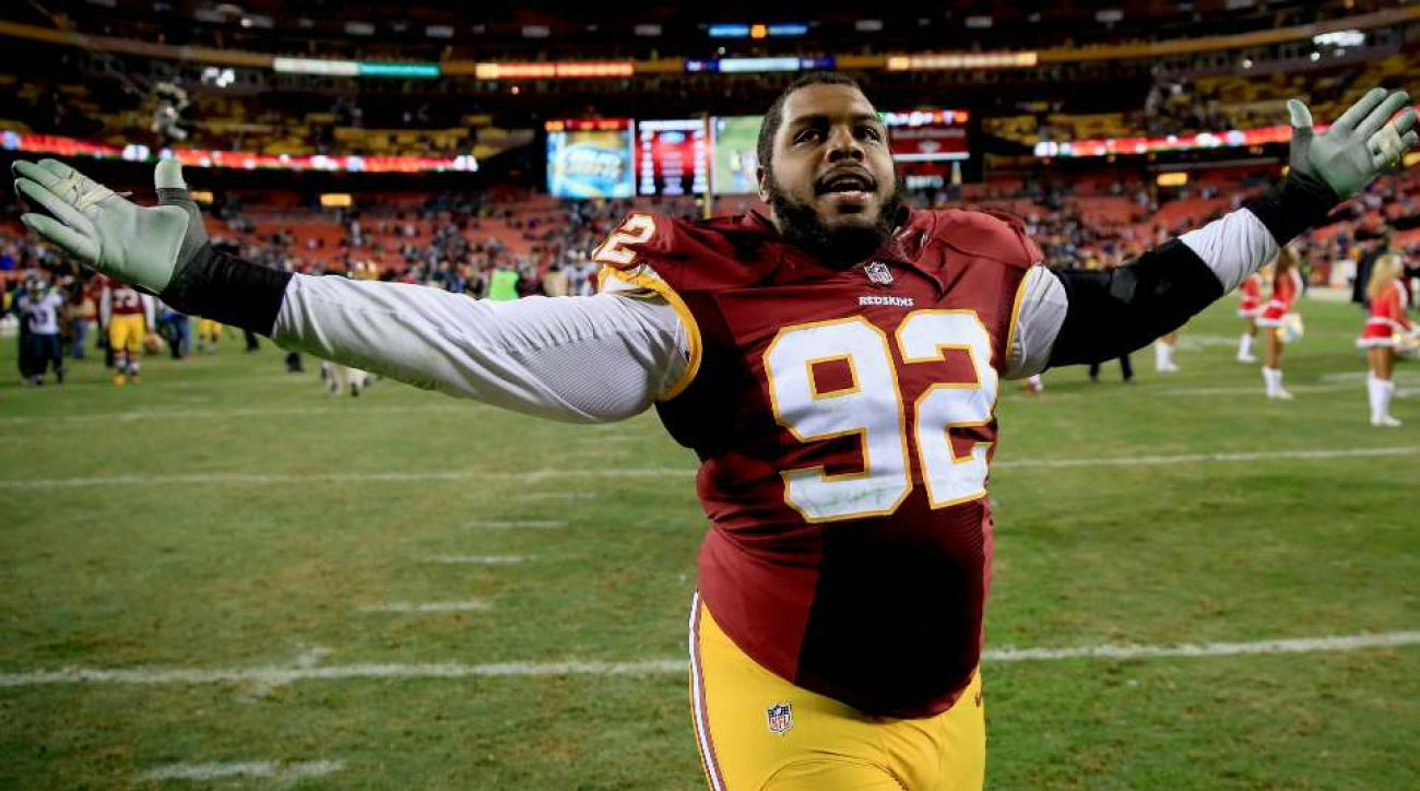Redskins Chris Baker belly dances video bomb of teammate