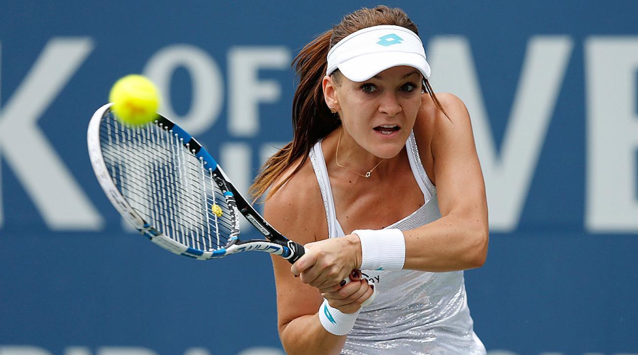 Agnieszka Radwanska beat Misaki Doi to advance to Bank of the West Classic quarterfinals.