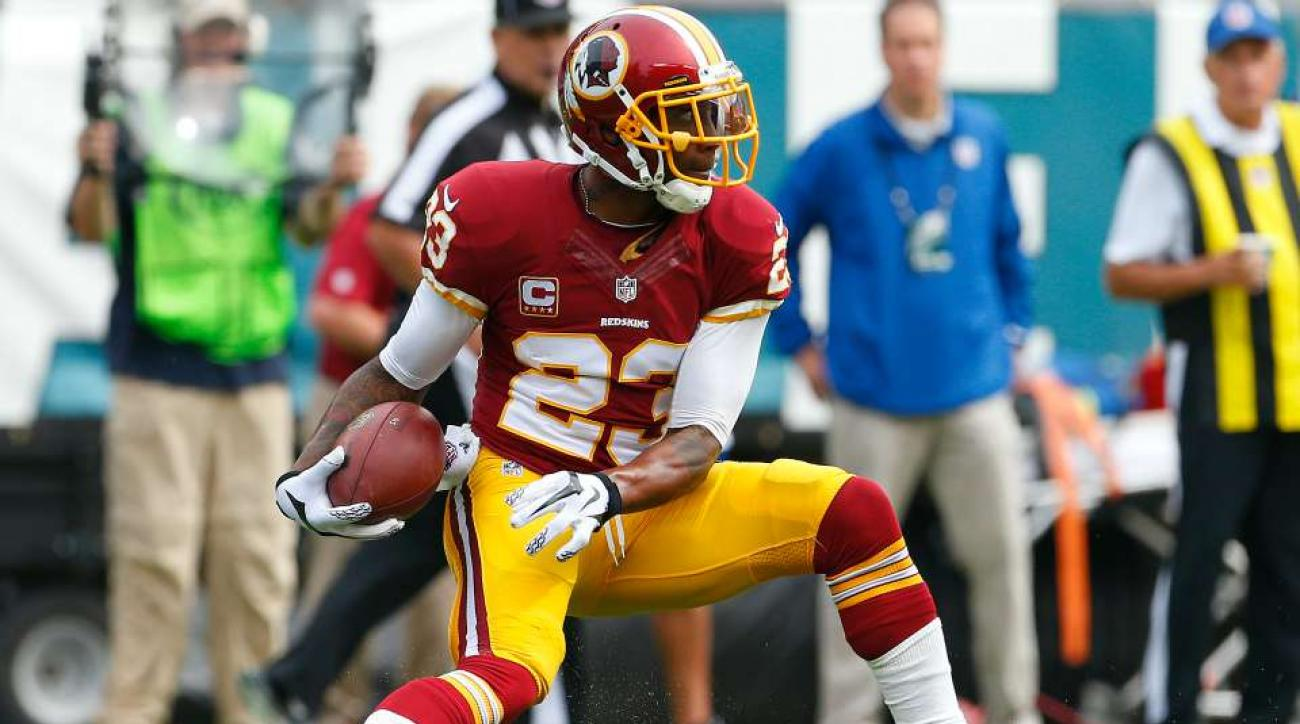 DeAngelo Hall needs his cleats back from a Redskins fan
