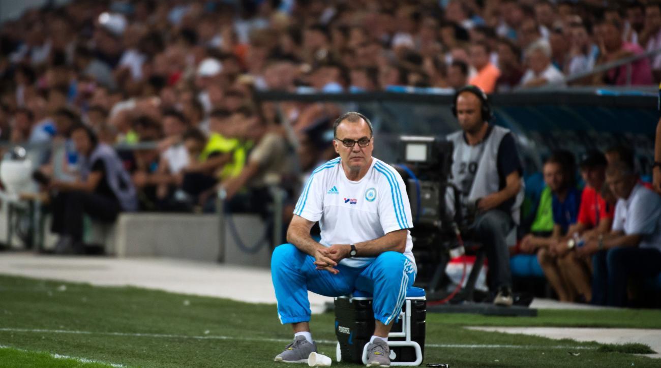 marcelo bielsa marseille caen quits resigns manager