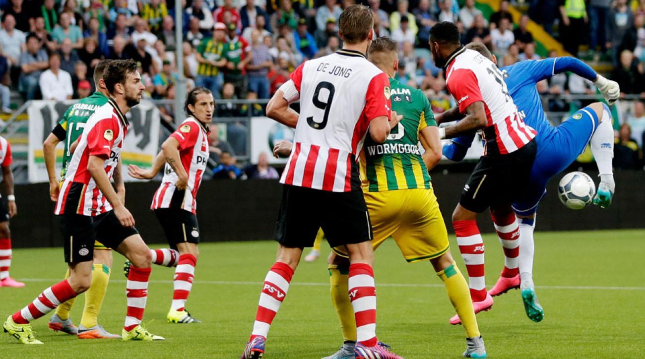 Martin Hansen scores an unlikely equalizer for ADO Den Haag vs. PSV