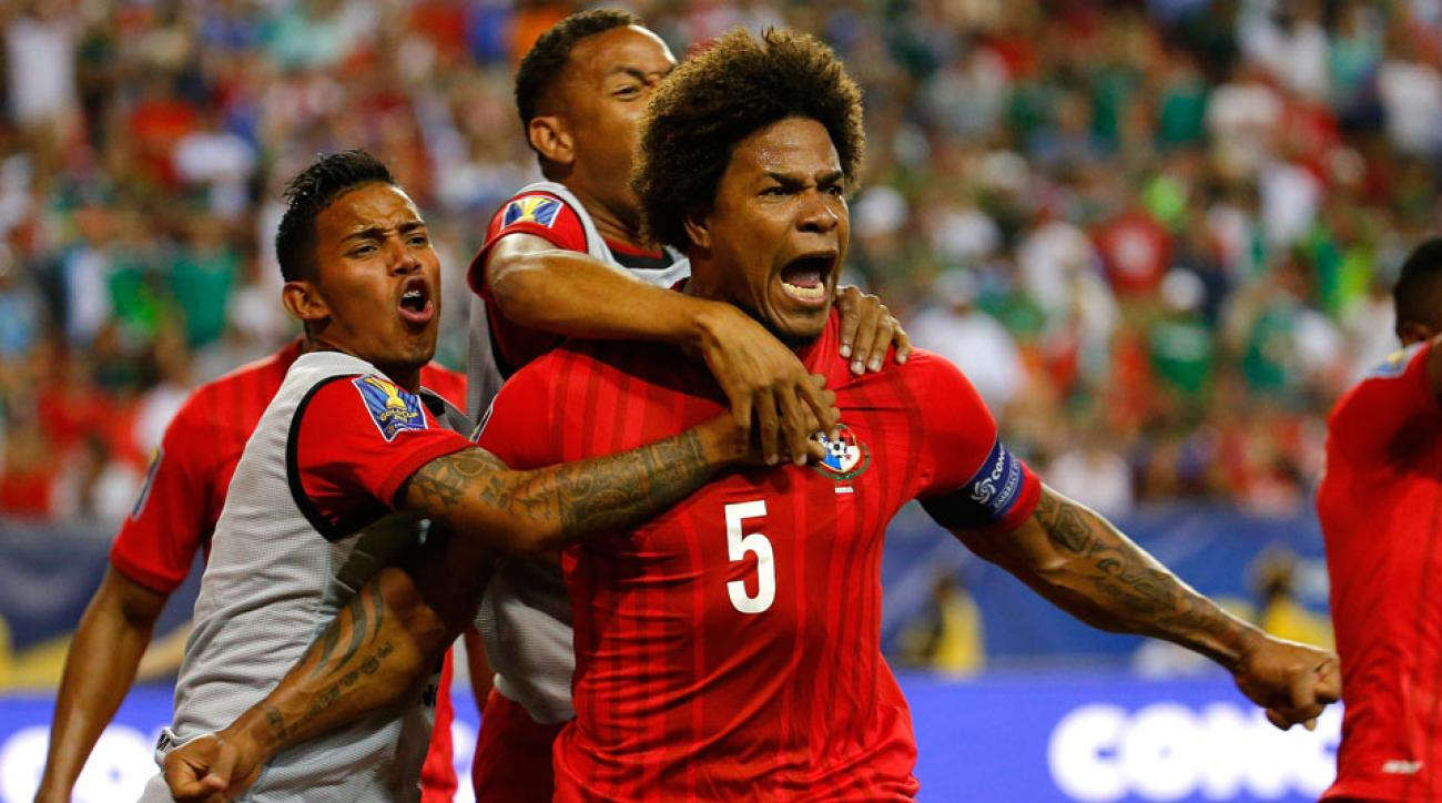 Panama defender Roman Torres has signed with the Seattle Sounders