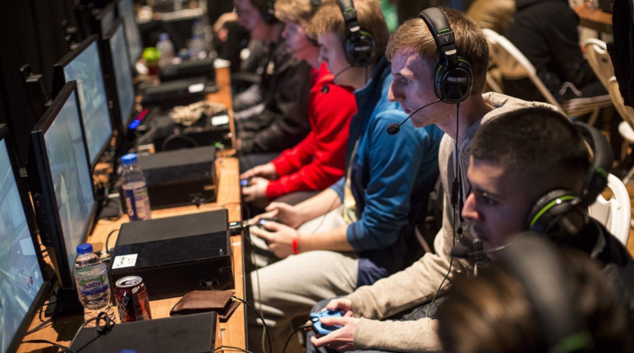 esports video games dota league of legends money