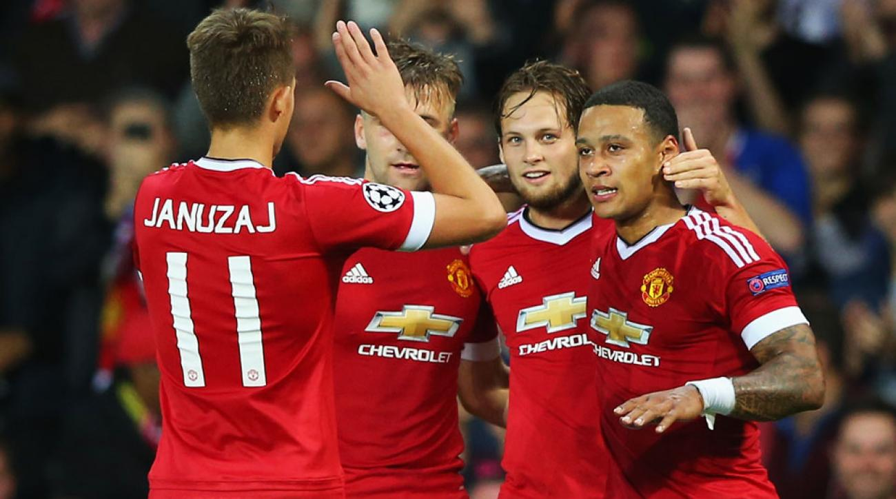 Manchester United beats Club Brugge in the Champions League playoff first leg