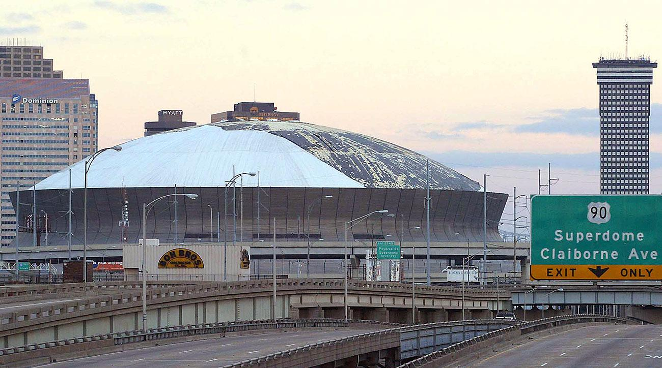 Superdome in August 2005 (AFP/AP)