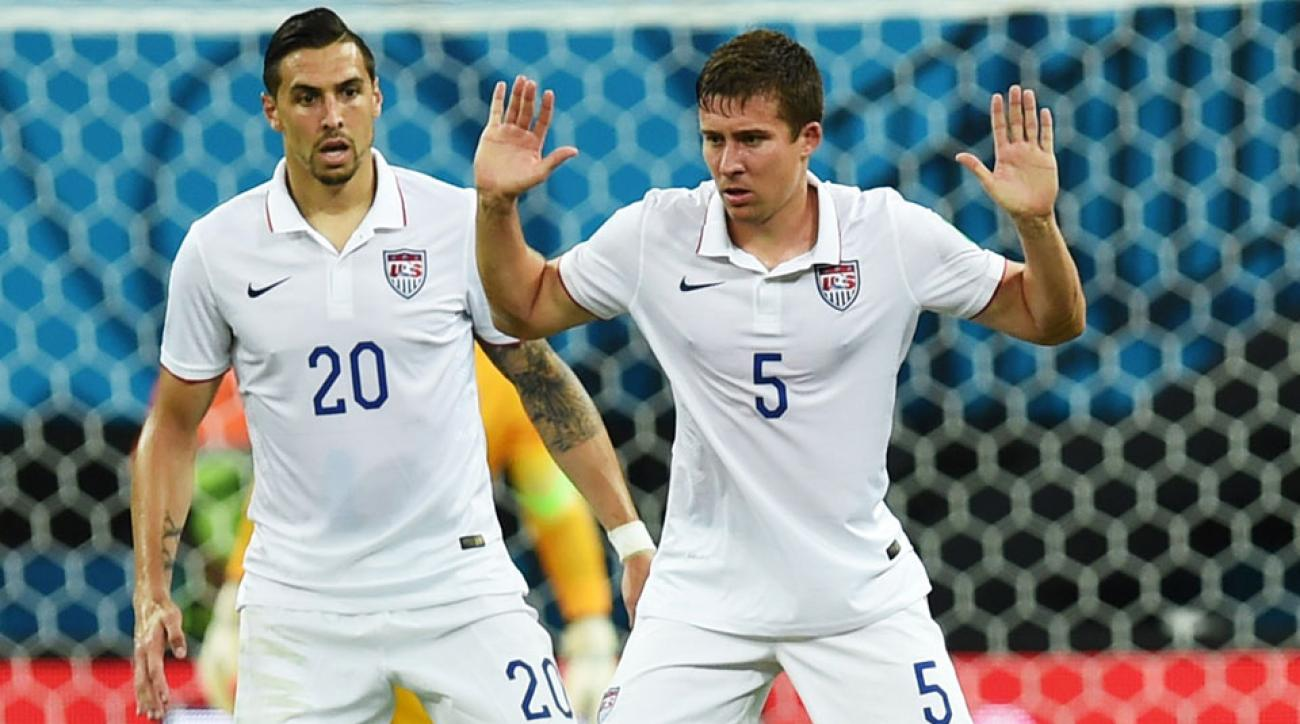 Geoff Cameron and Matt Besler return to the U.S. men's national team
