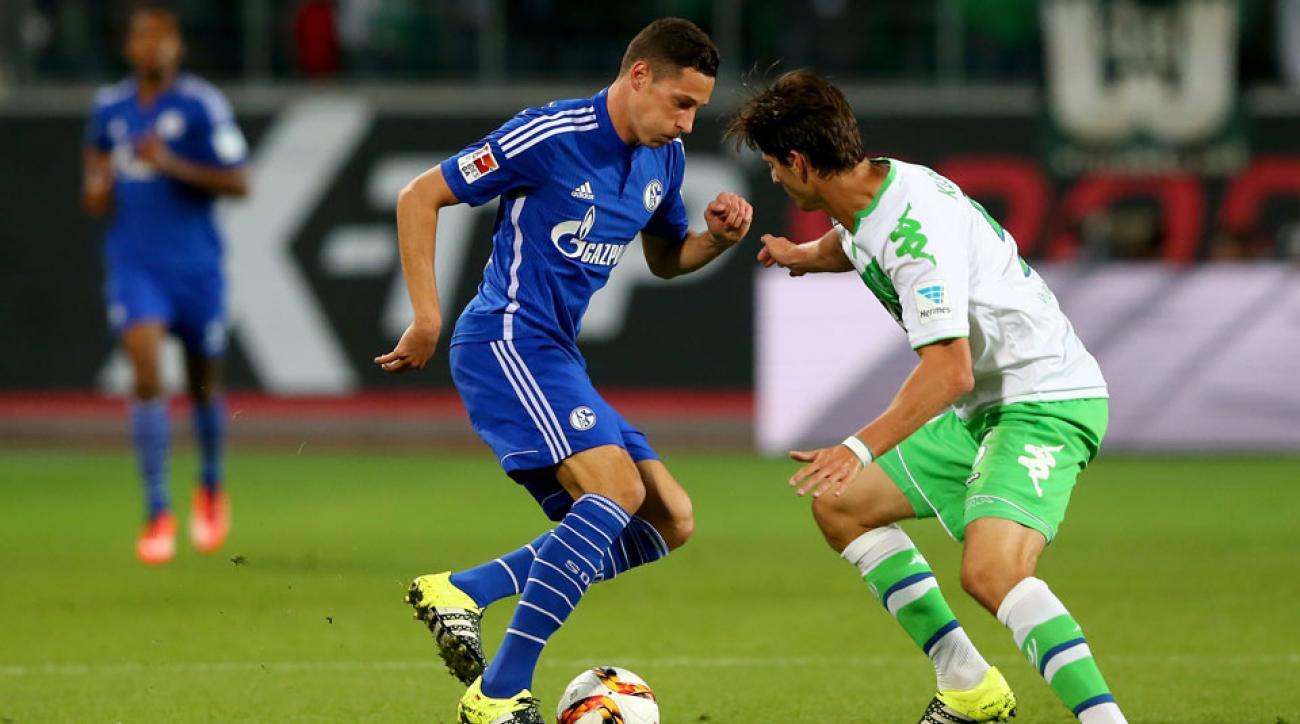 Julian Draxler moves from Schalke to Wolfsburg