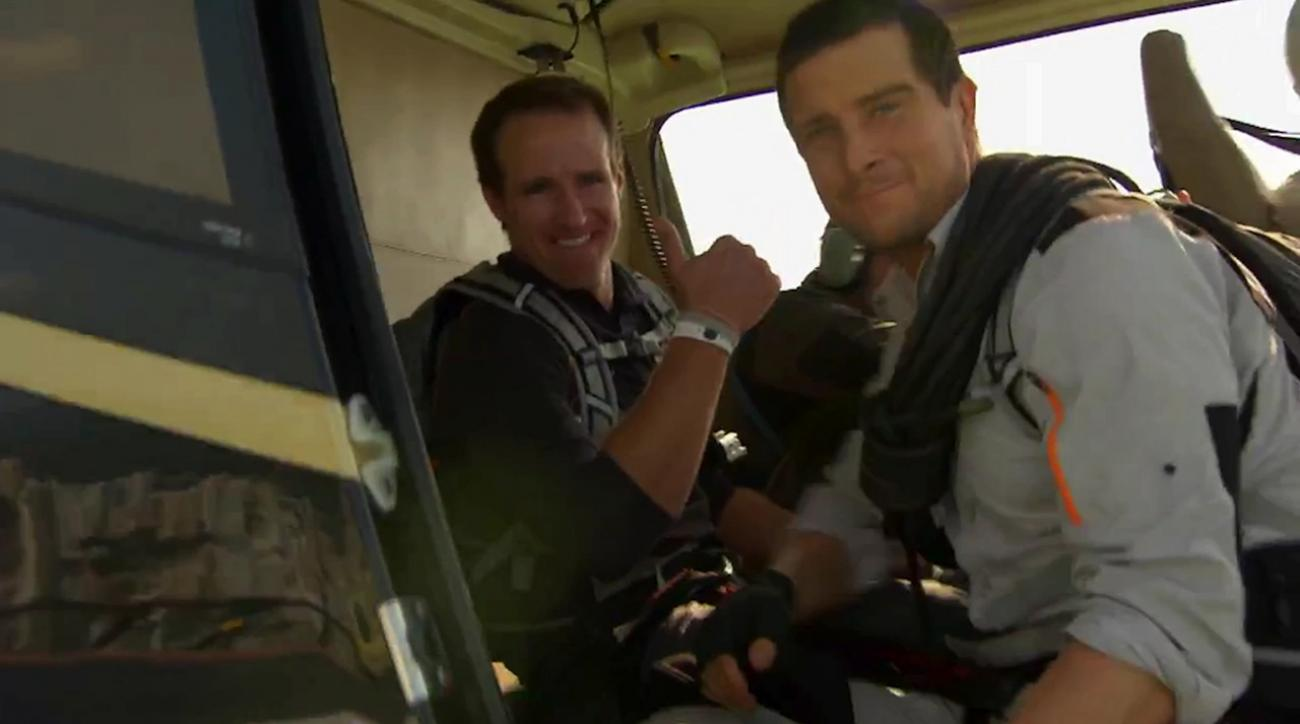 Drew Brees jumps out of helicopter, wrestles crocodile