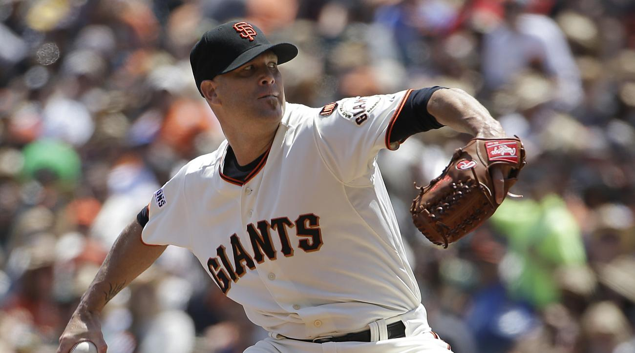 Giants' Tim Hudson to retire