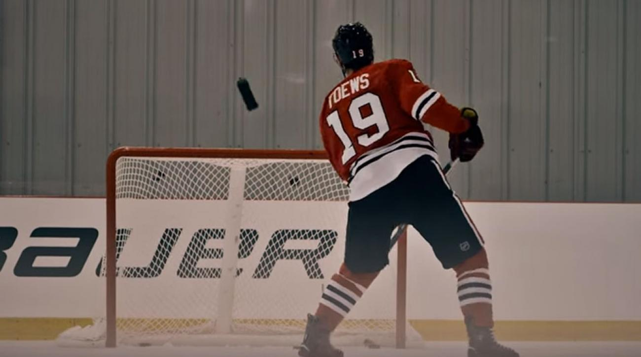 jonathan toews trick shot water bottle chicago blackhawks