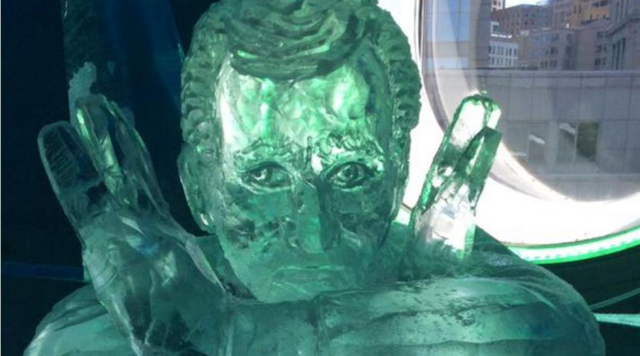 patriots-roger-goodell-ice-sculpture