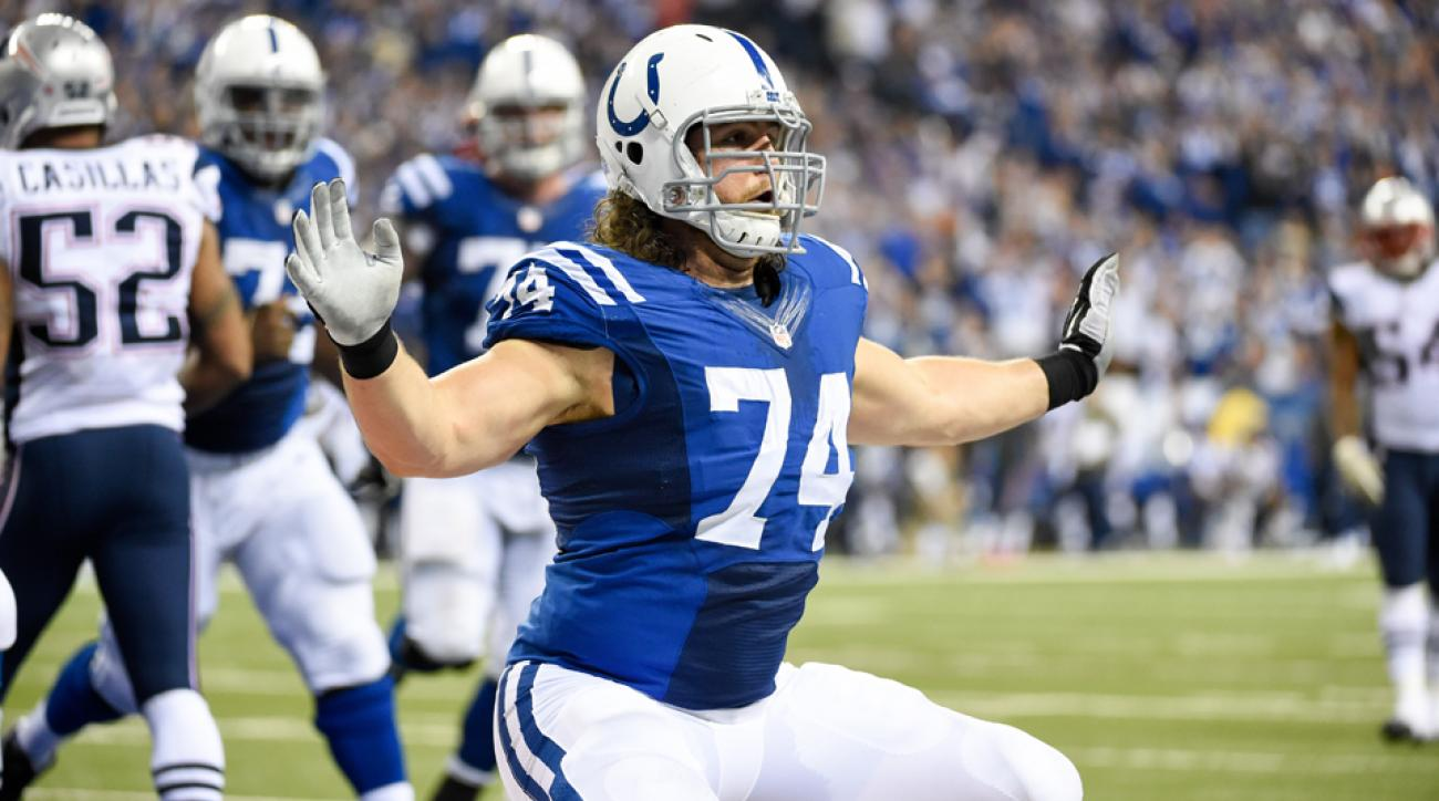 indianapolis colts anthony castonzo extension