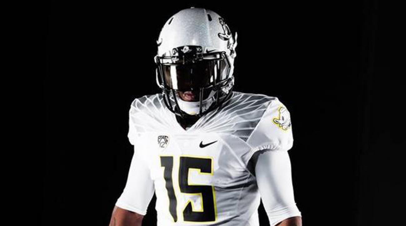 oregon ducks football uniforms michigan state