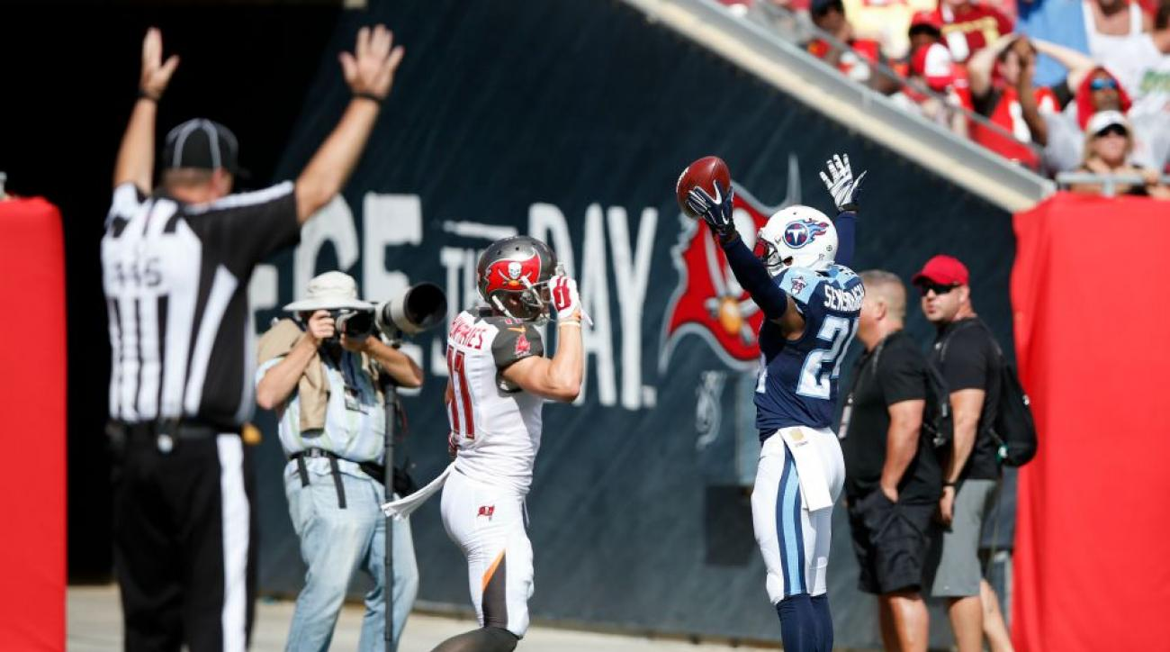 buccaneers-titans-hold-on-ref