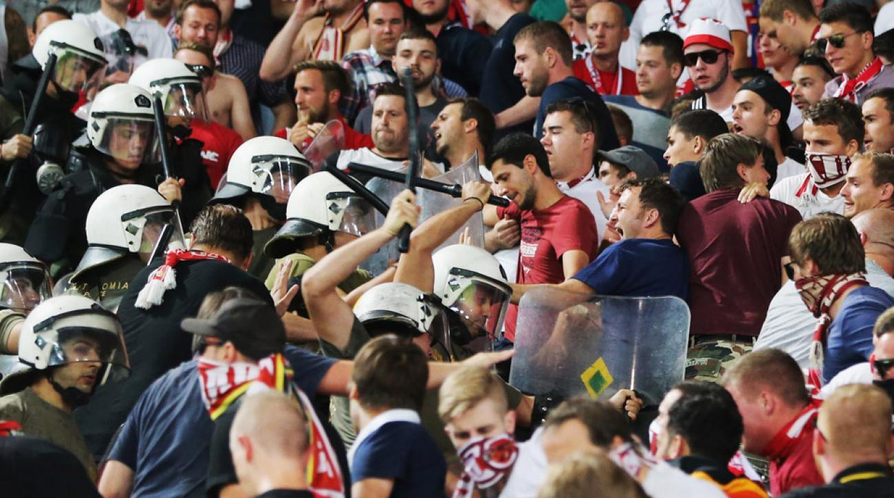 bayern munich champions league police fans clash olympiacos