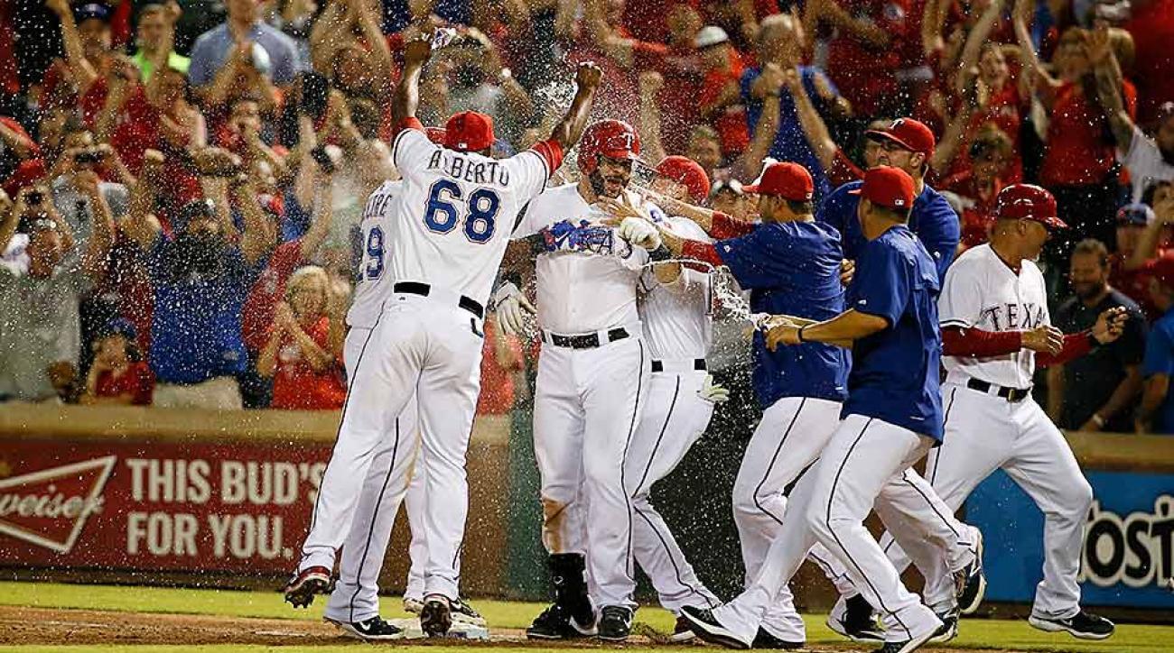 Rangers walk off Astros