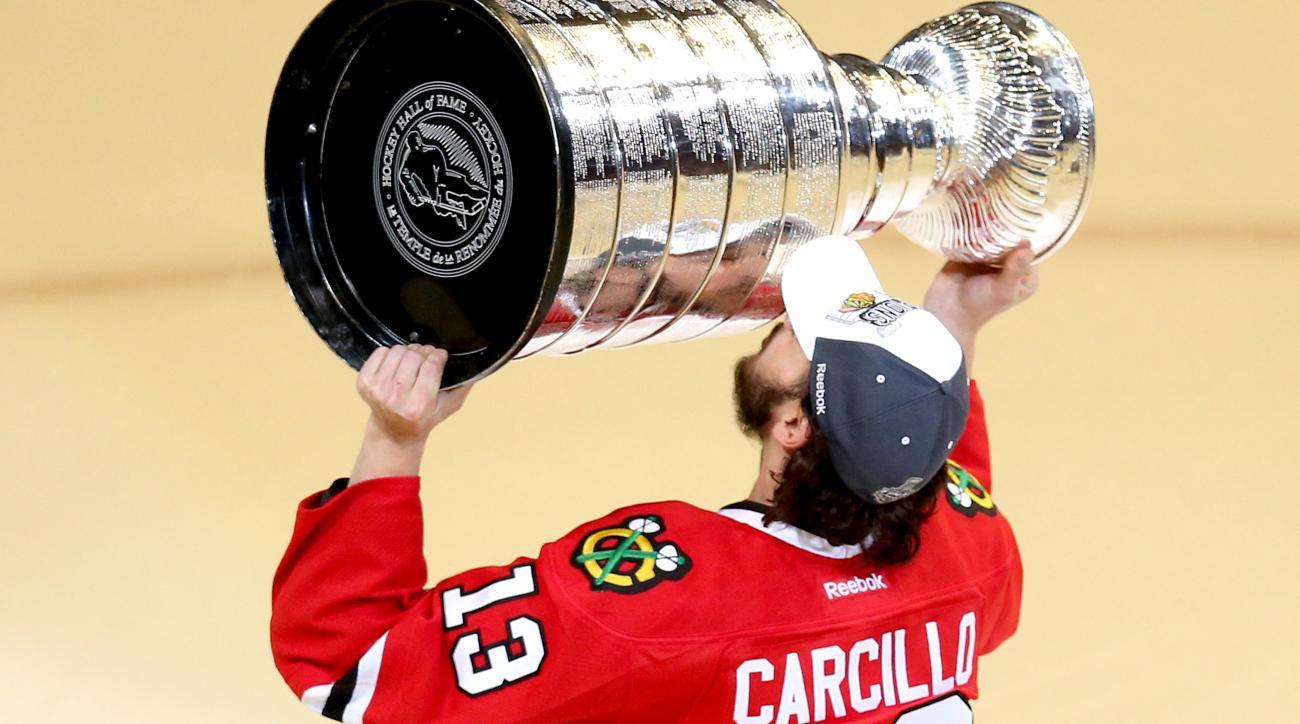 daniel carcillo chicago blackhawks retirement announcement