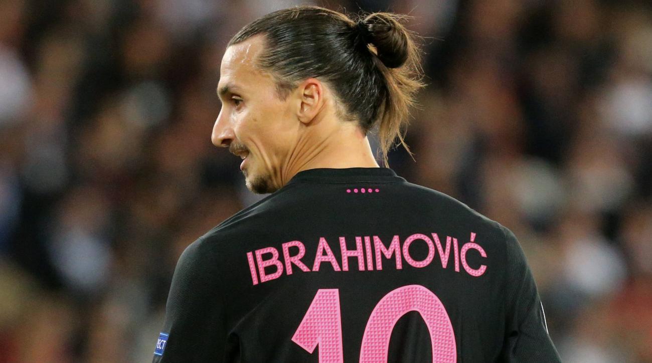 Zlatan Ibrahimovic books out Malmo's main square