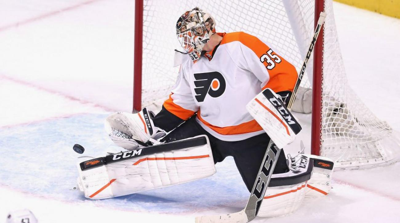 Philadelphia Flyers' Steve Mason has a new zombie mask