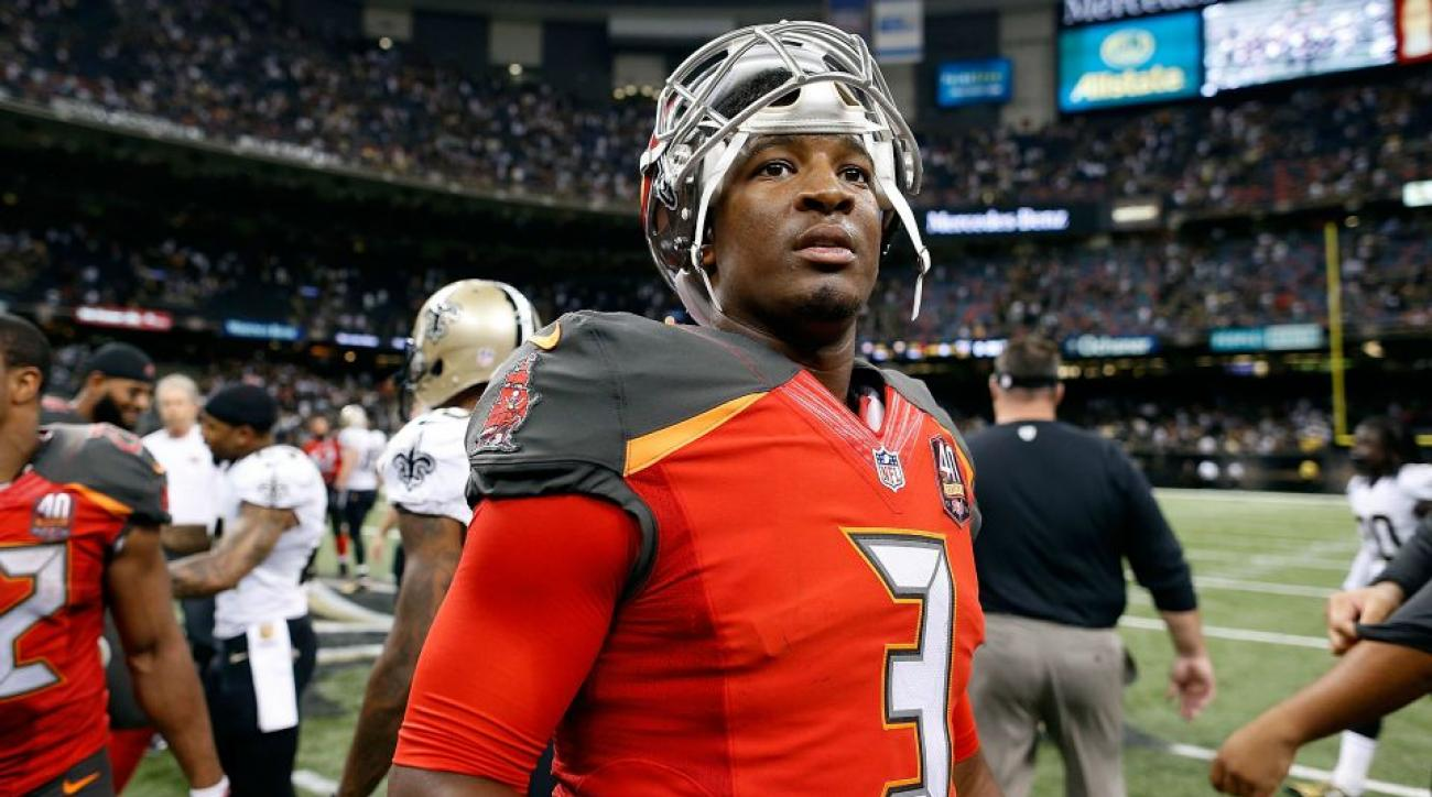 Tampa Bay Buccaneers' Jameis Winston's dad wore a funny t-shirt