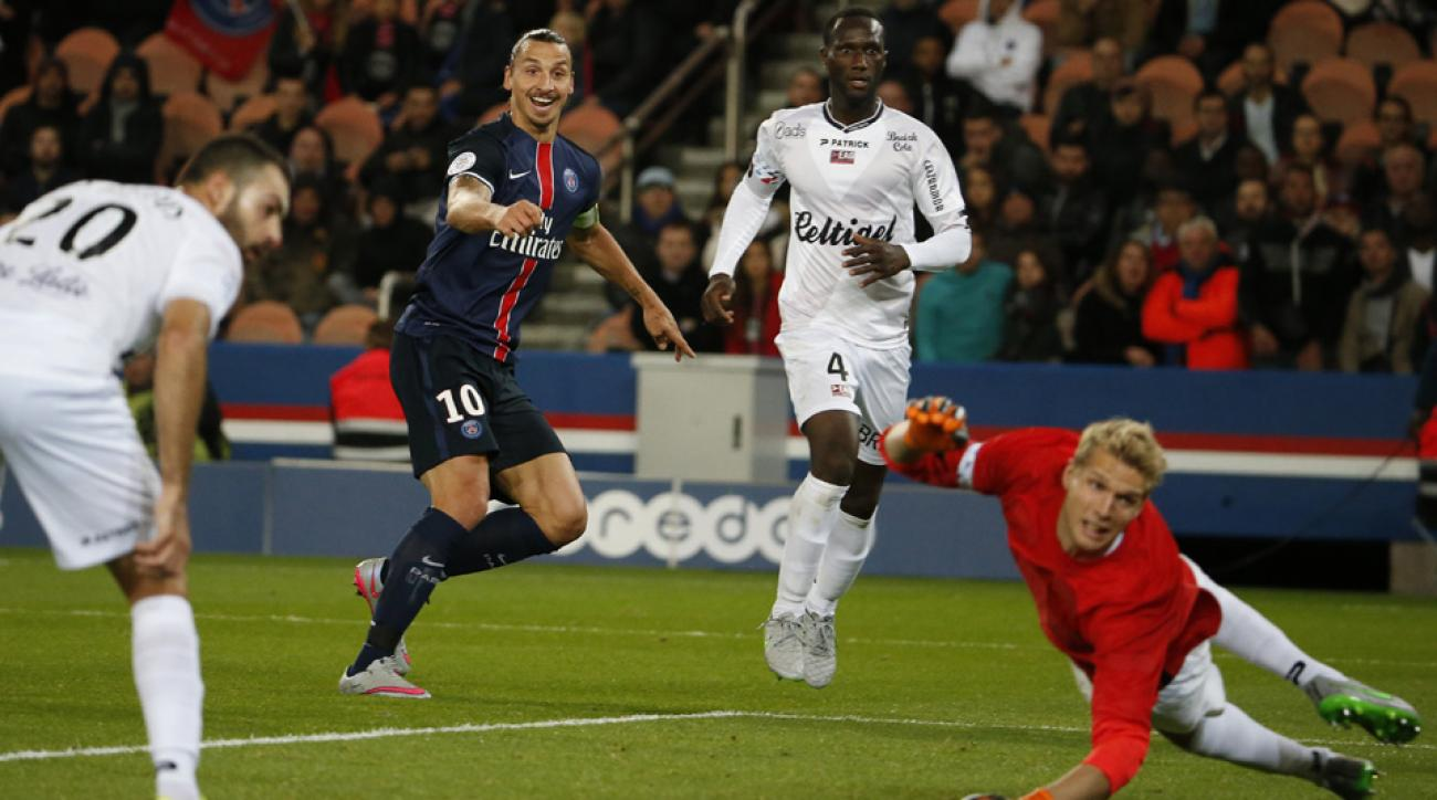 Zlatan Ibrahimovic scores for PSG vs. Guingamp