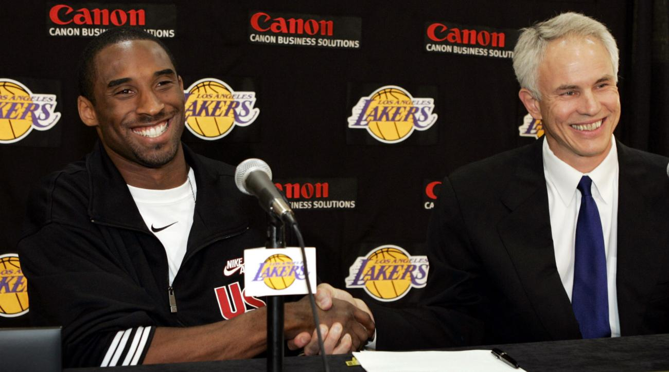Los Angeles Lakers Kobe Bryant s minute limitations undecided