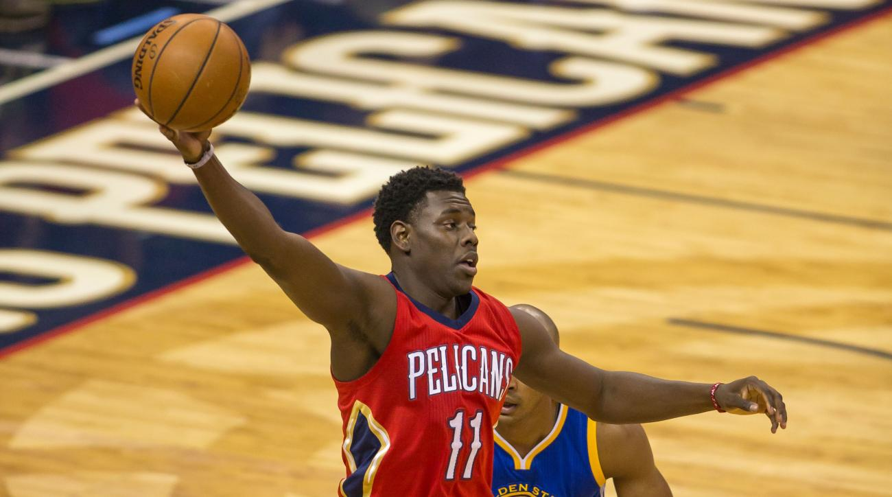 new-orleans-pelicans-jrue-holiday-tibia-injury-update
