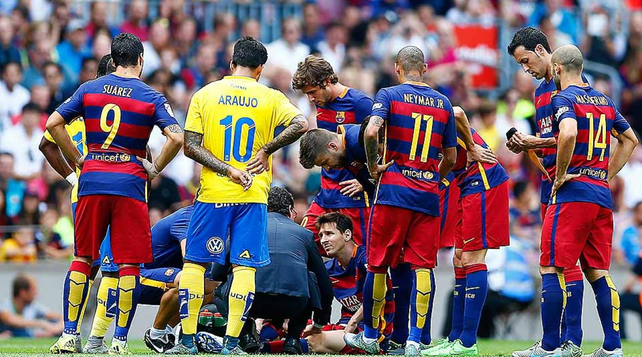 Lionel Messi Barcelona injured