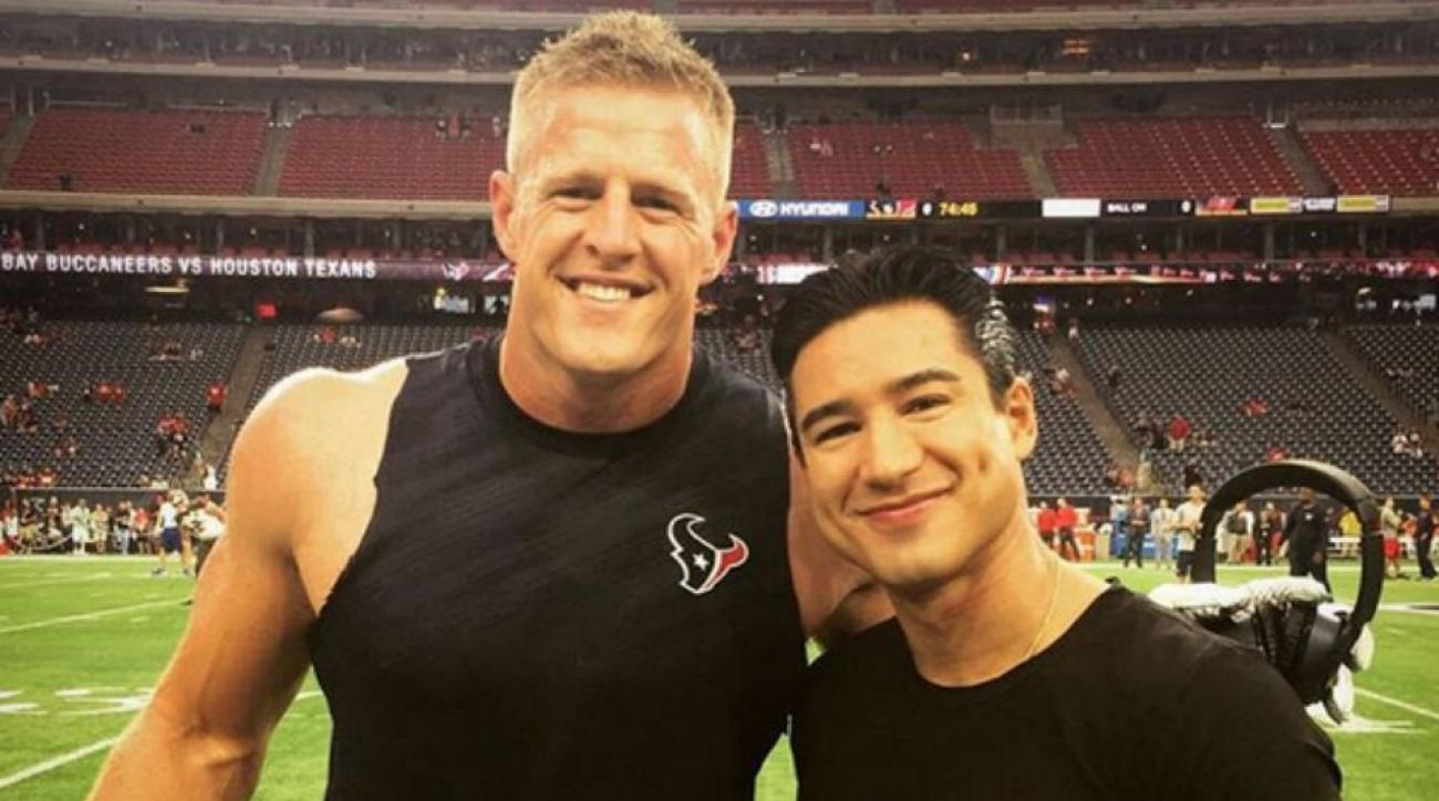 JJ Watt met Mario Lopez and got a Twitter shoutout from Tiffani Thiessen