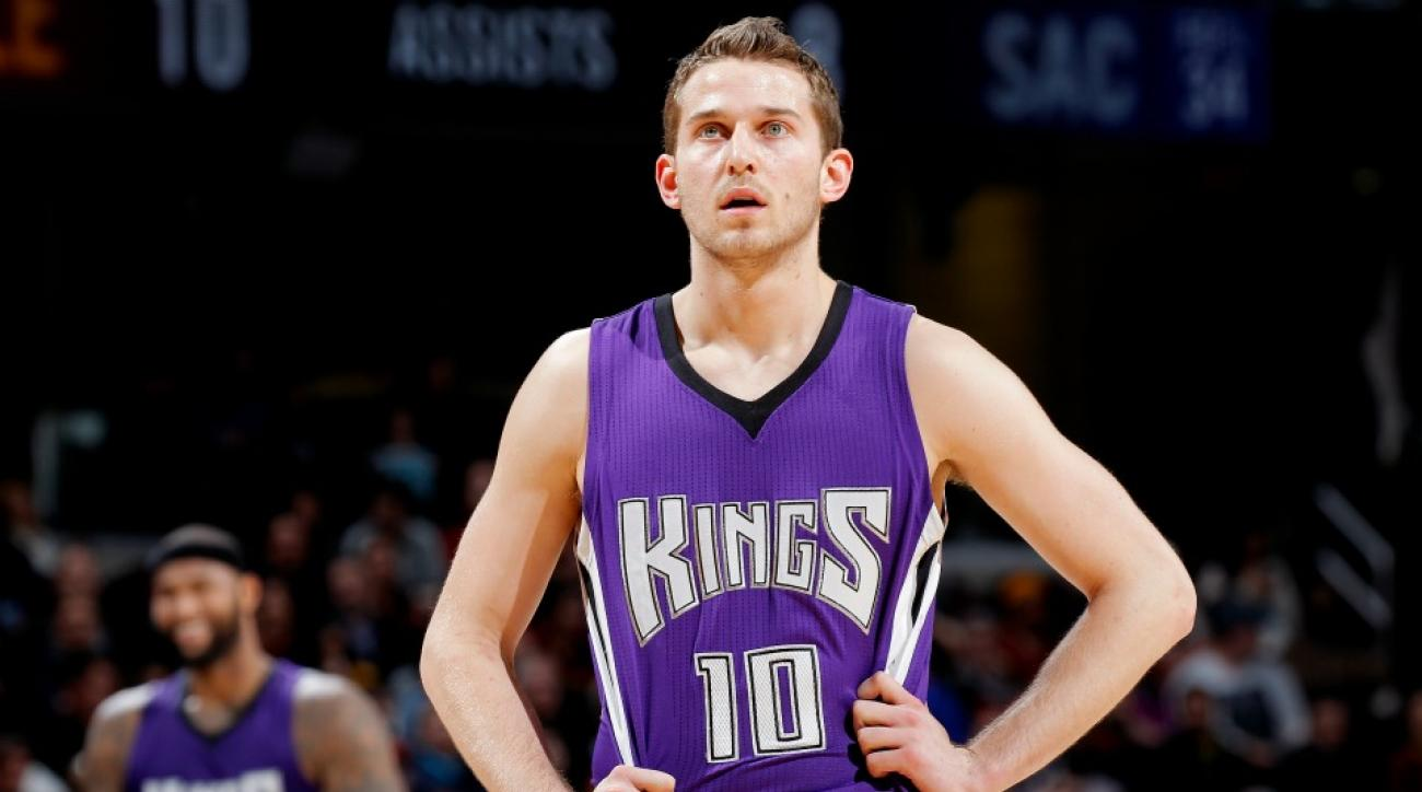 76ers' Nik Stauskas shoots threes with non-basketball objects