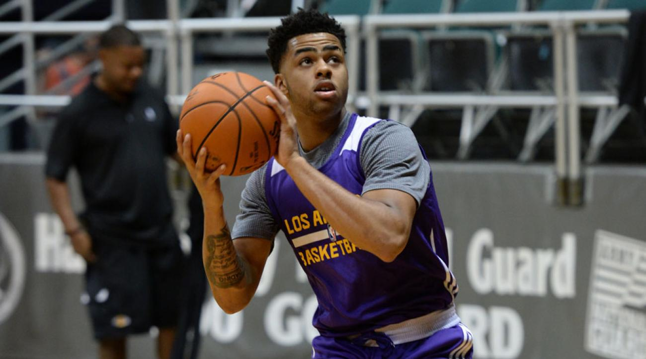 los angeles lakers dangelo russell injury bone bruise foot