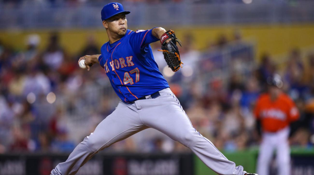new york mets hansel robles suspended