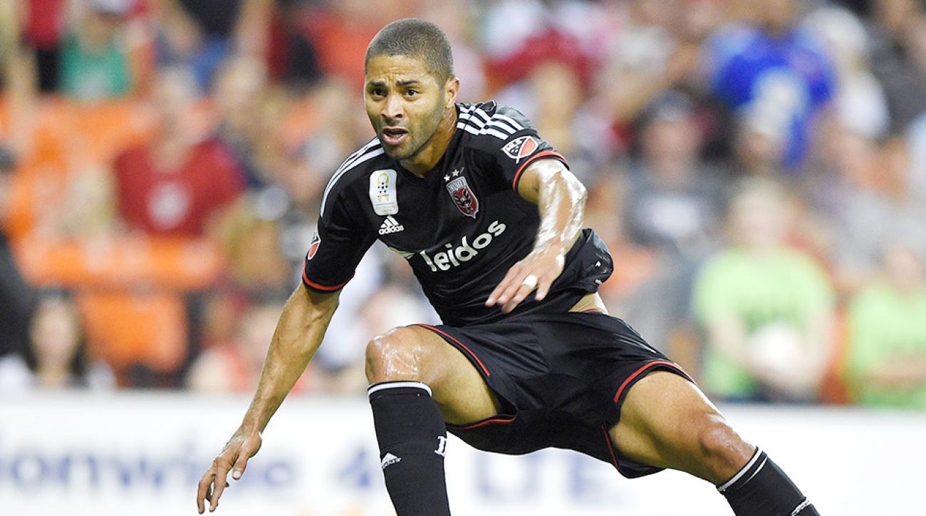 Alvaro Saborio, DC United clinched an Eastern Conference playoff berth.