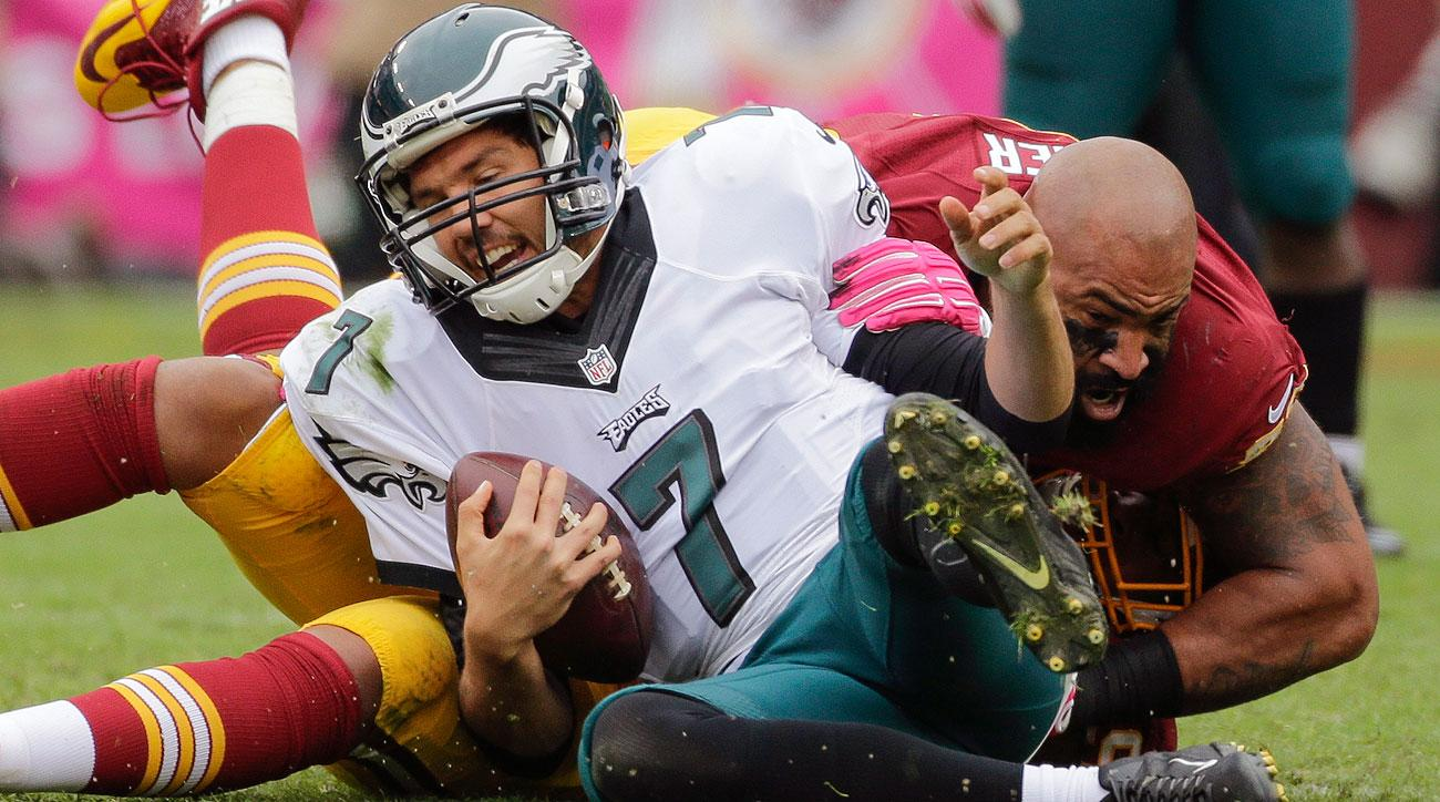 Sam Bradford's 82.2 rating ranks among the bottom third of starting quarterbacks this season. (Mark Tenally/AP)