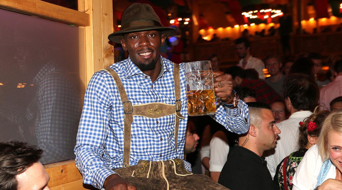 usain bolt oktoberfest lederhosen singing video
