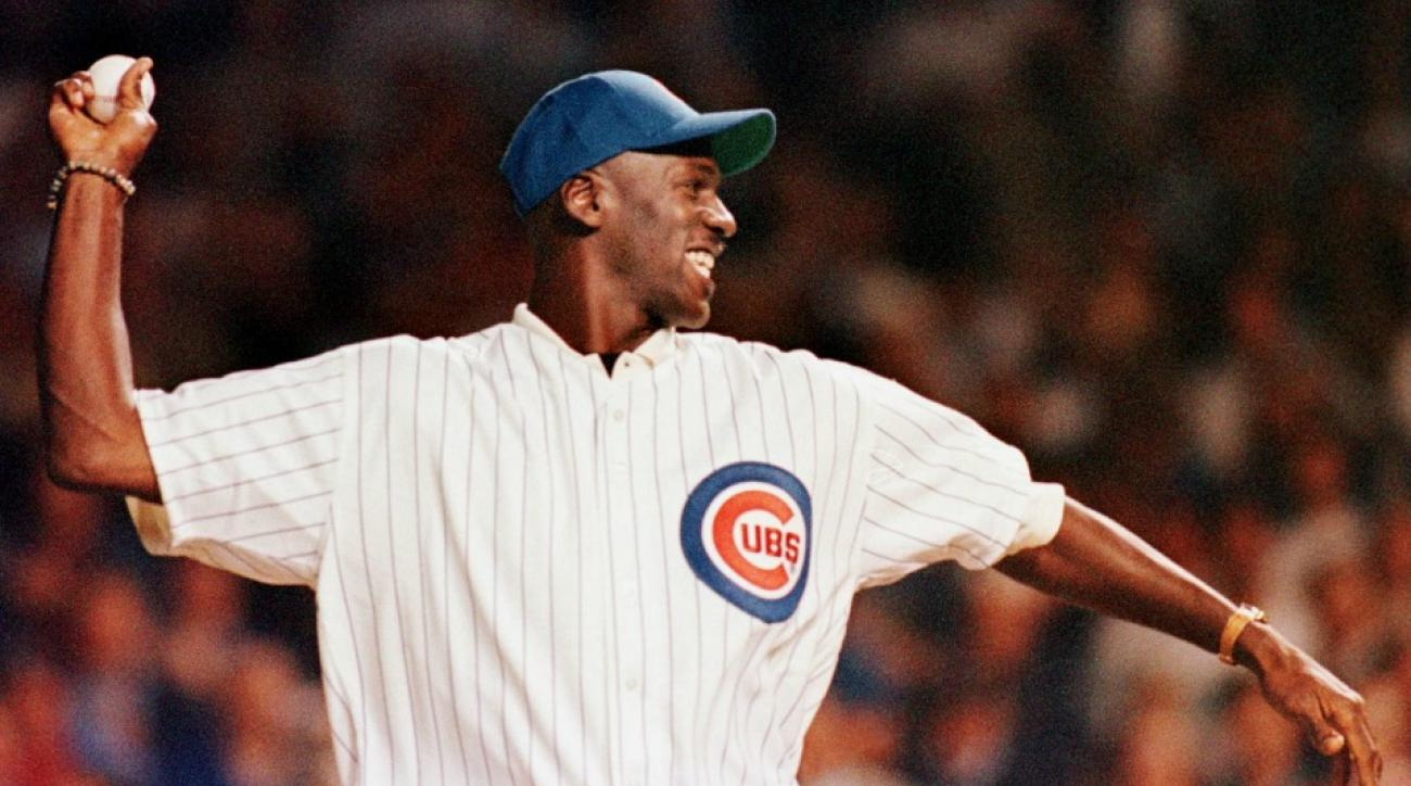 Michael Jordan throws first pitch at Chicago Cubs playoff game