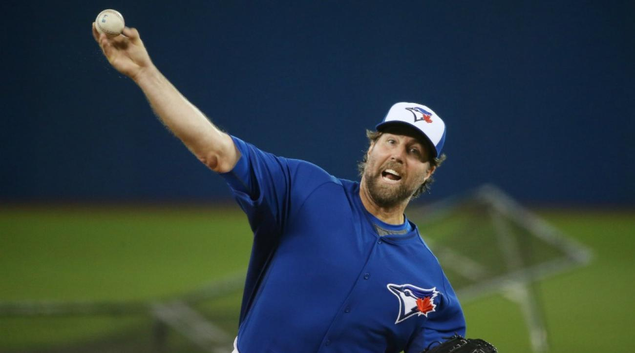 Toronto Blue Jays' R.A. Dickey wants national holiday for ALDS games