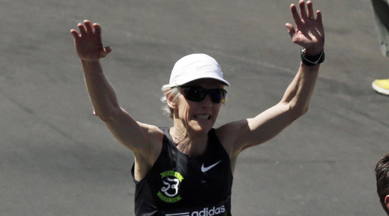 joan benoit samuelson 2015 chicago marathon sickness